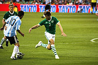 wikipedia_to_hdoc/hdoc_to_opale/tmp/decompressedHdoc/ressources/200px-Kevin_Kilbane_vs_Lionel_Messi.jpg