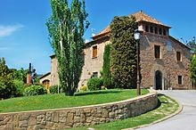 wikipedia_to_hdoc/hdoc_to_opale/tmp/decompressedHdoc/ressources/220px-La_Masia_%28Can_Planas%29_%28Barcelona%29_-_1.jpg