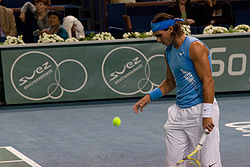 wikipedia_to_hdoc/hdoc_to_opale/tmp/decompressedHdoc/ressources/250px-Rafael_Nadal_at_the_2008_BNP_Paribas_Masters2.jpg